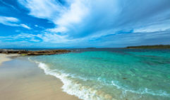 Just a short drive from Sydney, Hyams Beach is renowned for its feathery-white sand and crystal-clear waters.