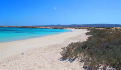 Tucked away in Western Australia, Turquoise Bay is a secluded spot of heaven, it's also perfect for snorkelling.