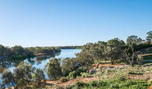 The view from The Frames villas on the outskirts of Renmark (photo: Michael Wee).