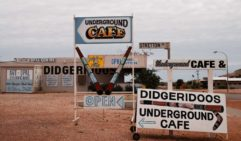 Shop signs in the South Australian town of Coober Pedy (photo: Jonathan Cami).