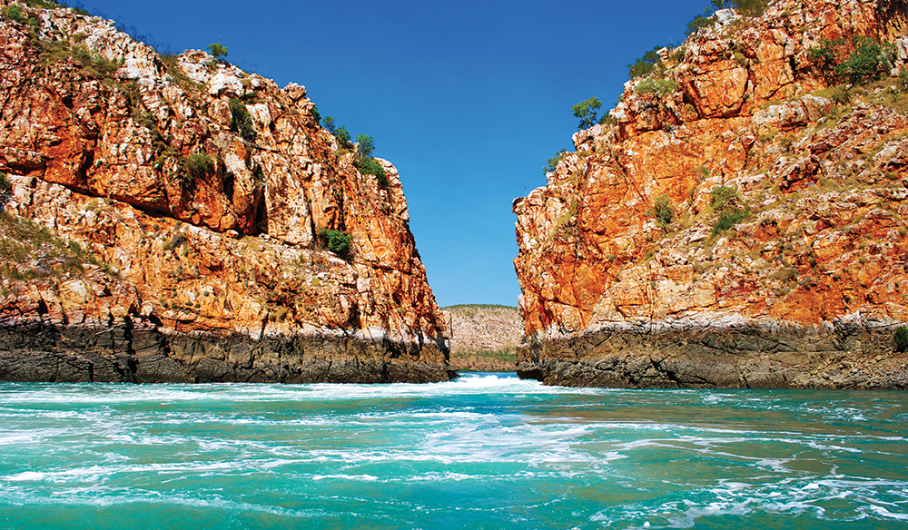 L'Austral: Cruising Australia in Style