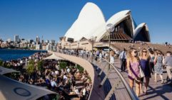 Wine and dine and the iconic Opera House (photo: Daniel Bond).