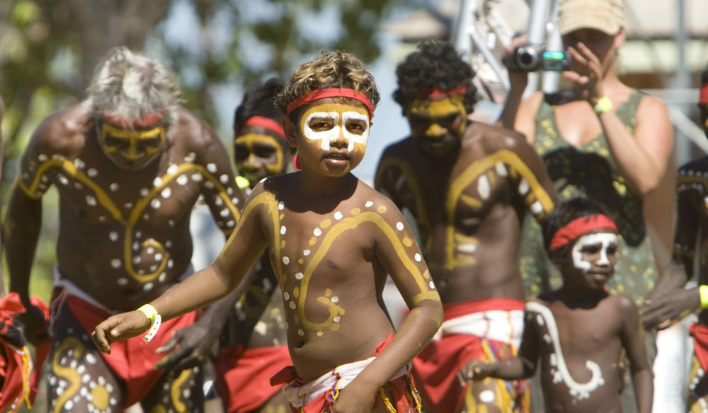 aboriginal ceremonies in australia Australian aboriginal culture includes a number of practices and ceremonies centered on a belief in the dreamtimereverence for the land and oral traditions are emphasized.