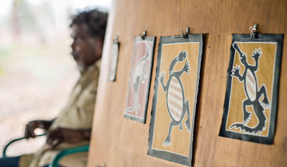 Artwork from Top Didj Cultural Experience and Art Gallery in Katherine (photo: Tourism NT).