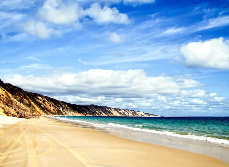 ainbow coloured cliffs Rainbow Beach