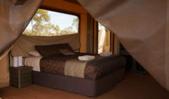 Eco glamping chic: Karijini Eco Retreat (photo: Jonathan Cami).