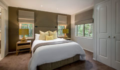 Stay the night at Narrows Escape Rainforest Retreat, for some R&R amongst nature.