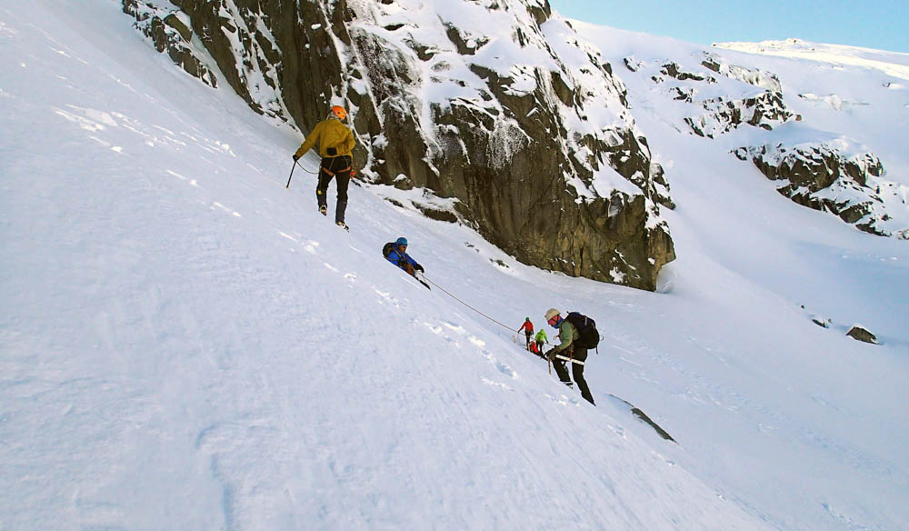 The Australian School of Mountaineering runs various alpine skills weekends in Kosciuszko National Park.