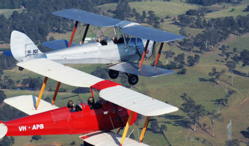 Airborne Aviation also offers a flight in formation with another Tiger Moth.