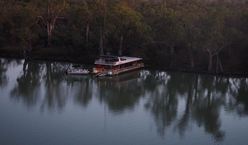 There's no place like houseboat... rest well earned after a day's walking beside the Murray (photo: Gina Woodward).