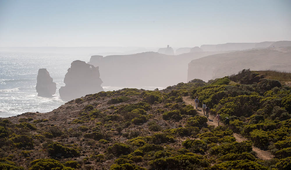 The incredible Twelve Apostles Lodge Walk