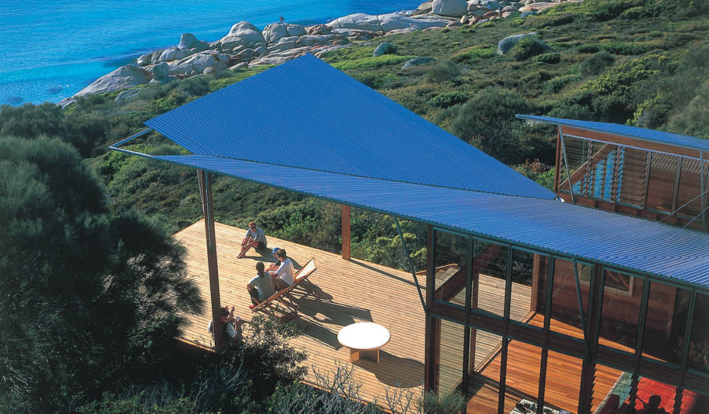 Bay of Fires Lodge: for lovers of luxury and sweeping ocean views.