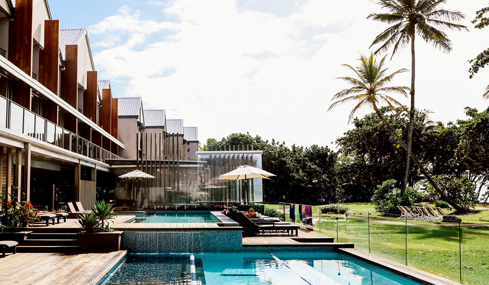 Pool cocktails Castaways Resort & Spa, Mission Beach