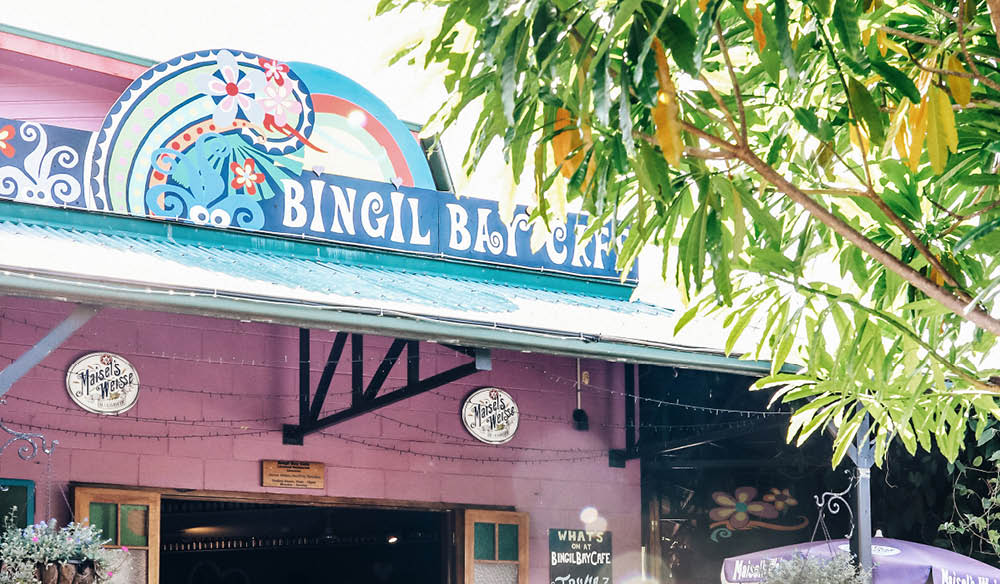 Bingle Bay Café Mission Beach courtyard seafood laksa
