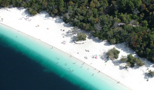 The colour contrast of Fraser Island's aquamarine water and sugar-white sand is astounding (photo: Snapair).