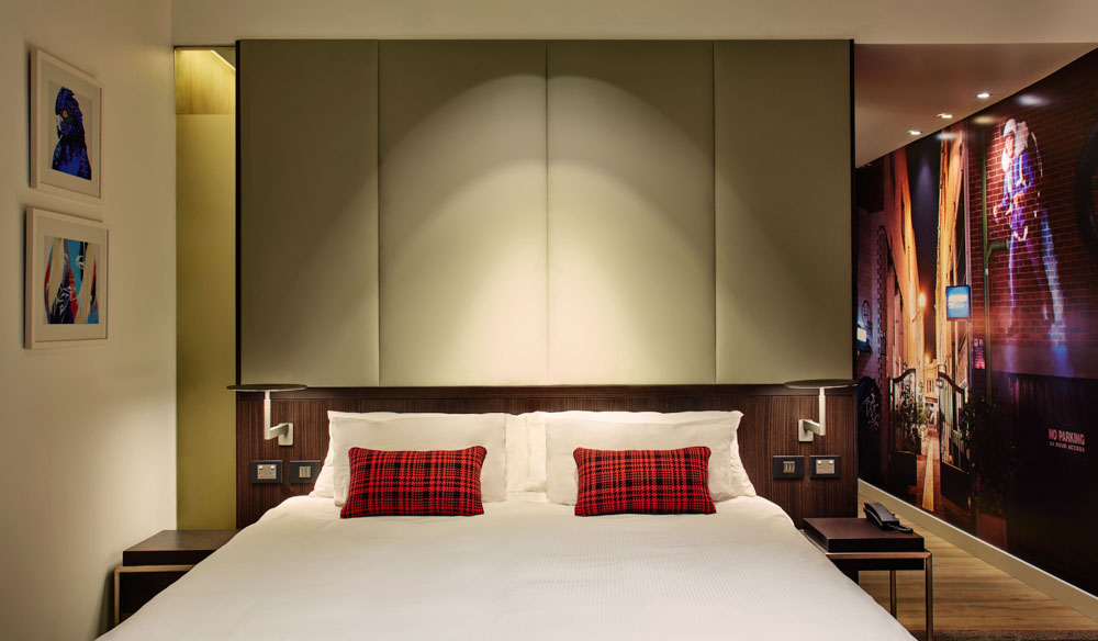 Aloft beds