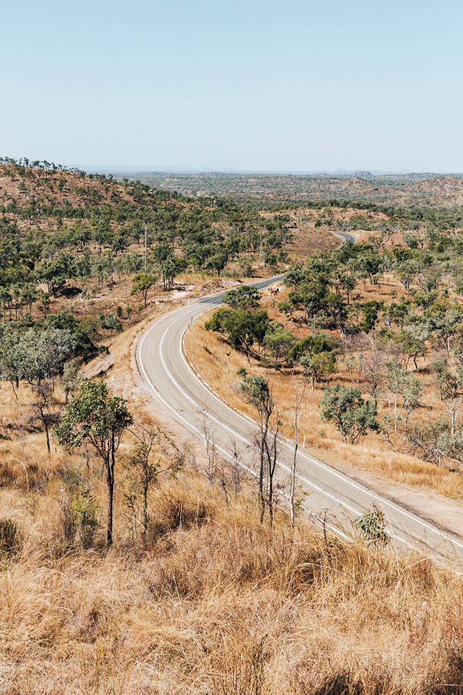 The wide expanse of the Queensland outback (photo: Brook James).