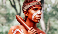 A young man from the Kalkadoon Sundowners, an off-Country troupe (photo: Elise Hassey).