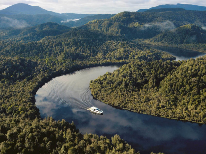 Strahan river cruise things to do west coast Tasmania