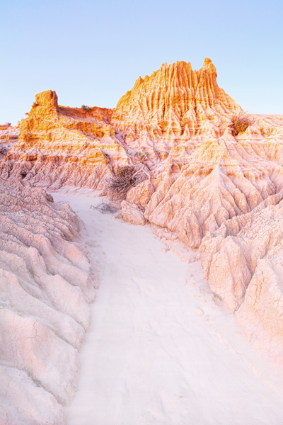The otherworldly Mungo National Park.