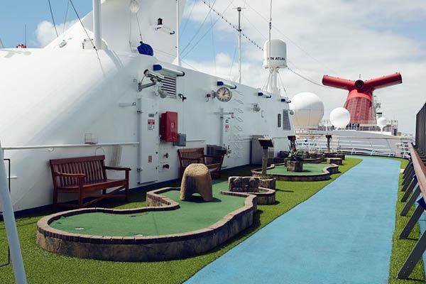Sports deck Carnival Spirit