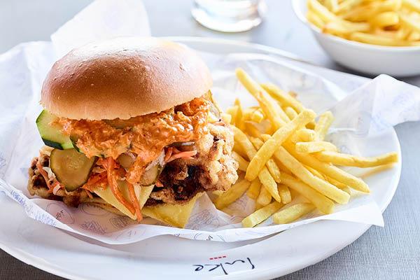 Luke's Burger, P&O Pacific Explorer