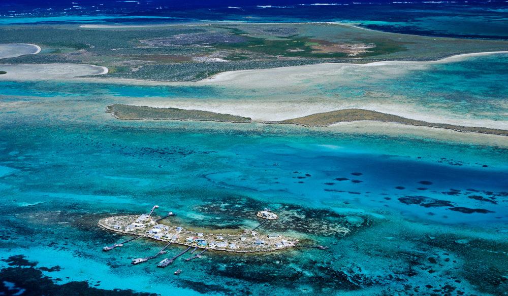 abrolhos islands coastline