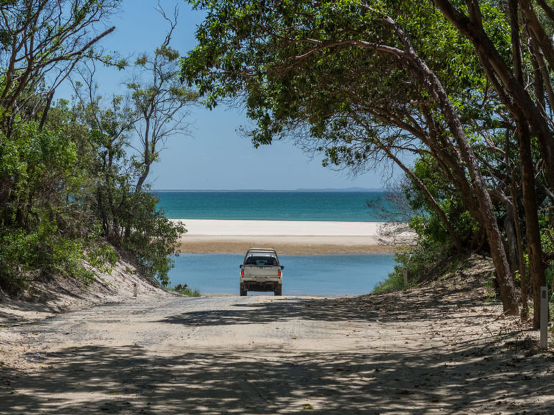 4WD driving Fraser Island