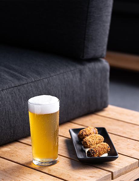 Midnight Hotel Bar, Bradden Ale, Canberra