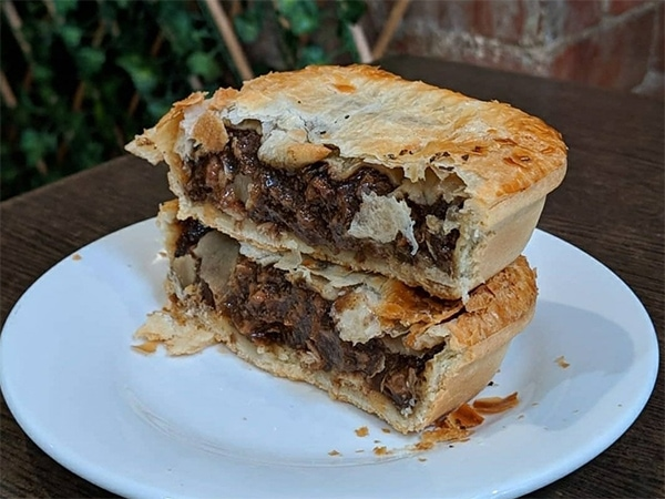 Country Cob pies